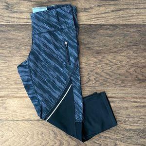 Medium Campion Embrace Capri Athletic Pants